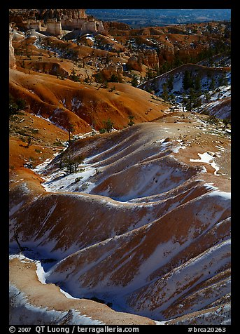 Hill ridges and snow in Bryce Amphitheatre. Bryce Canyon National Park (color)