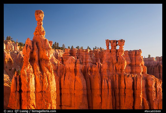 Thor Hammer and Temple of Osiris. Bryce Canyon National Park (color)