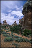 Sandstone towers, Chesler Park. Canyonlands National Park, Utah, USA.