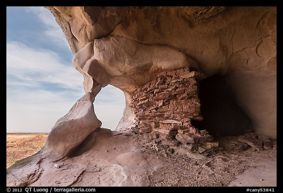 Granary and natural rock arch, Aztec Butte. Canyonlands National Park (color)