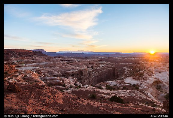 Sunrise over Jasper Canyon from Petes Mesa. Canyonlands National Park (color)
