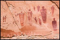 Life-sized anthropomorphic images, the Great Gallery, Horseshoe Canyon. Canyonlands National Park, Utah, USA. (color)