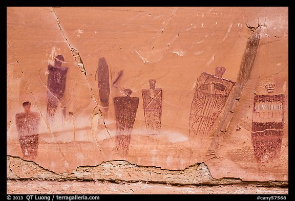 Barrier Canyon Style pictographs, the Great Gallery, Horseshoe Canyon. Canyonlands National Park (color)