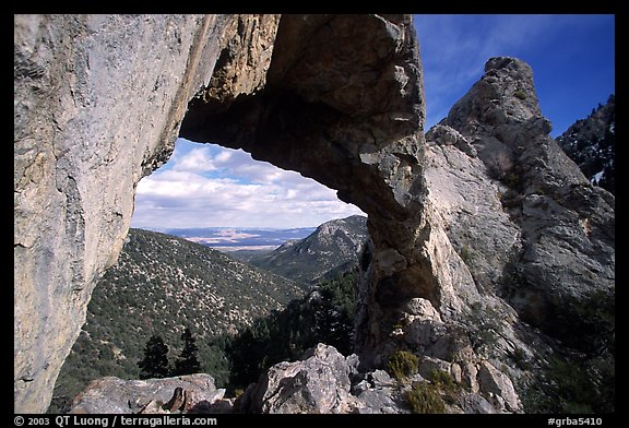 Lexington Arch, afternoon. Great Basin National Park, Nevada, USA.