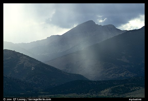 Rays over Snake Range and Wheeler Peak. Great Basin National Park, Nevada, USA.