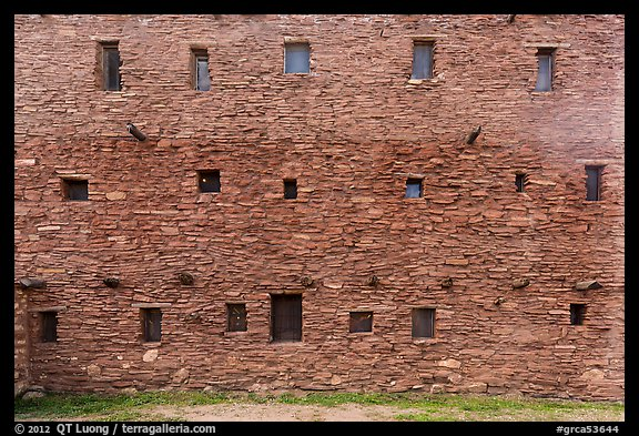Hopi House back wall. Grand Canyon National Park (color)