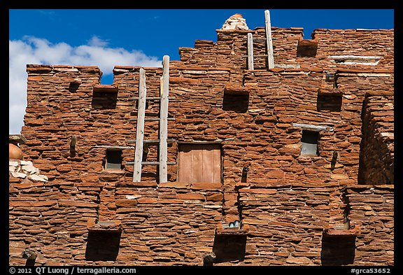 Facade of Hopi House. Grand Canyon National Park (color)