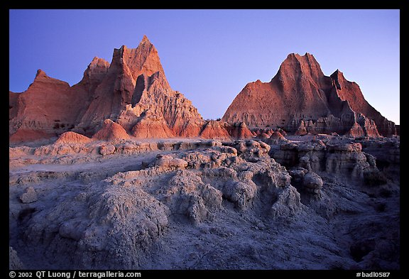 Erosion formations, Cedar Pass, dawn. Badlands National Park (color)