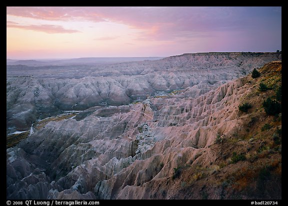 The Stronghold table, south unit, dawn. Badlands National Park (color)