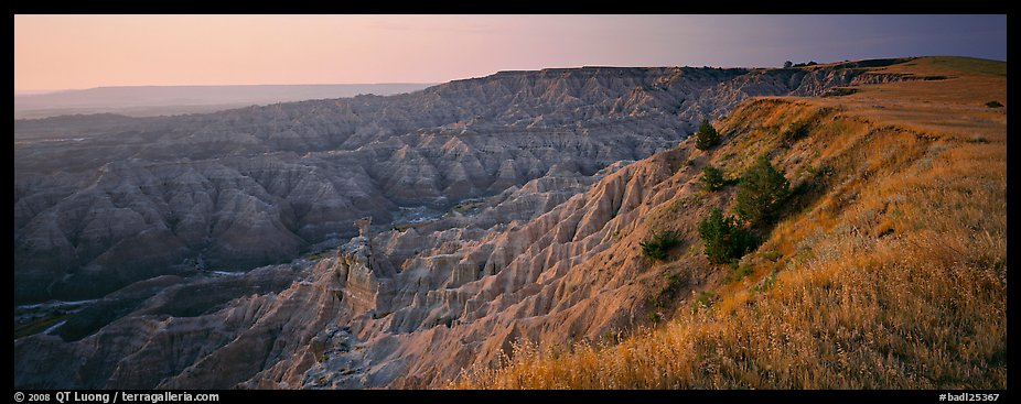 Badlands panorama seen from prairie edge, Stronghold Unit. Badlands National Park (color)