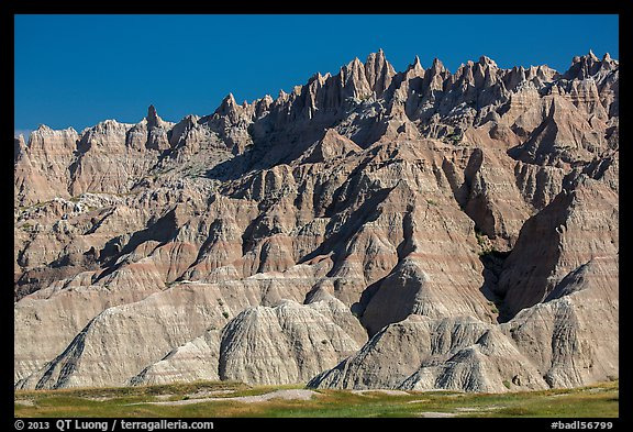 The Wall raising above prairie. Badlands National Park (color)
