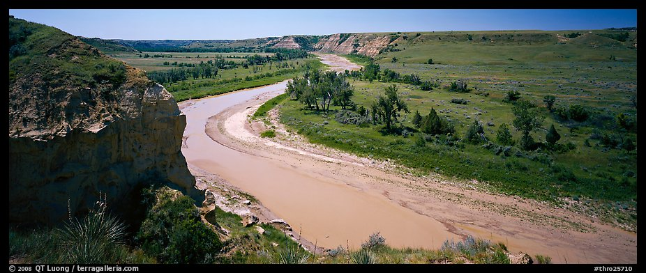 Riverbend and bluff. Theodore Roosevelt National Park (color)