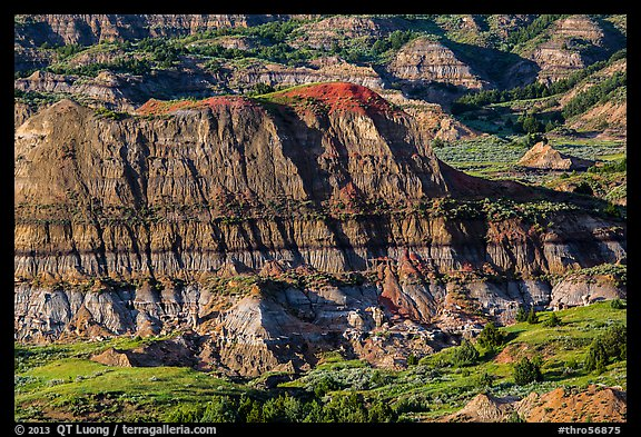 Badlands, Painted Canyon. Theodore Roosevelt National Park (color)
