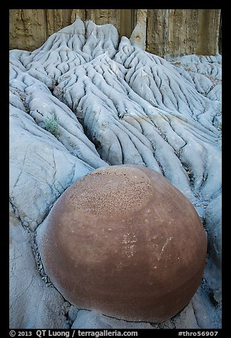 Spherical cannonball concretion in badlands. Theodore Roosevelt National Park (color)