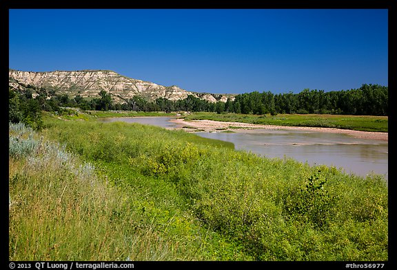 Little Missouri River next to Elkhorn Ranch Unit. Theodore Roosevelt National Park (color)