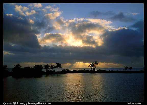 Sunrays and clouds at sunrise, Bayfront. Biscayne National Park, Florida, USA.