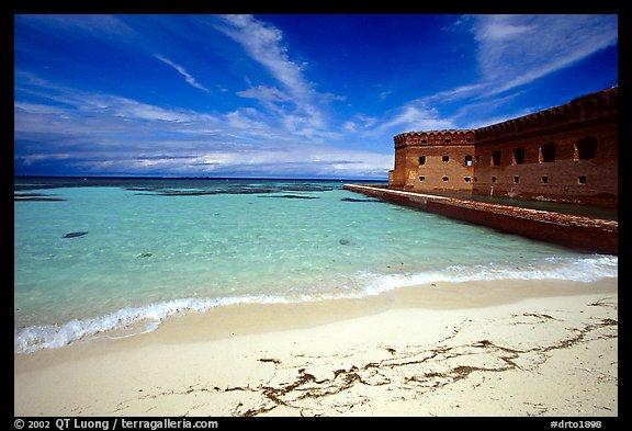 Beach and Fort Jefferson. Dry Tortugas National Park (color)