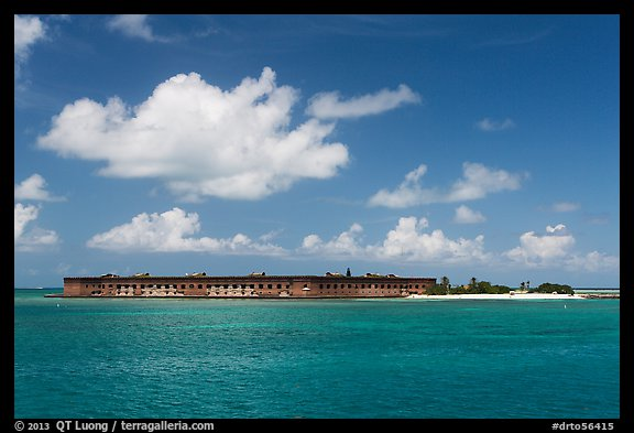 Fort Jefferson and Garden Key from the West. Dry Tortugas National Park (color)
