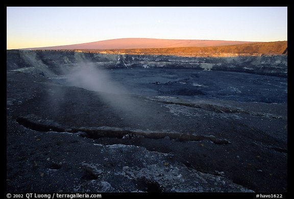 Halemaumau crater overlook and Mauna Loa, sunrise. Hawaii Volcanoes National Park, Hawaii, USA.