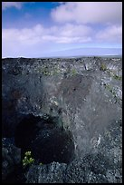 Mauna Ulu crater. Hawaii Volcanoes National Park, Hawaii, USA. (color)
