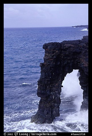 Holei Sea Arch in the morning. Hawaii Volcanoes National Park (color)