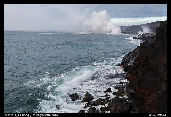 Coastline with lava ocean entries, morning. Hawaii Volcanoes National Park (color)