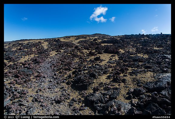Blocks of aa lava and olivine sand, North Pit, Mauna Loa. Hawaii Volcanoes National Park (color)