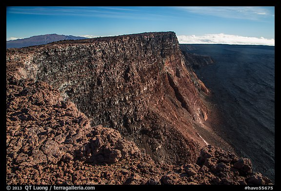 Mauna Kea, summit cliff, and Mokuaweoweo crater from top of Mauna Loa. Hawaii Volcanoes National Park (color)