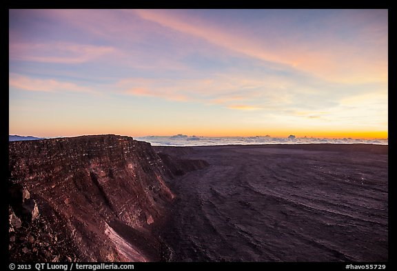 Mauna Loa summit cliffs, Mokuaweoweo crater before sunrise. Hawaii Volcanoes National Park (color)