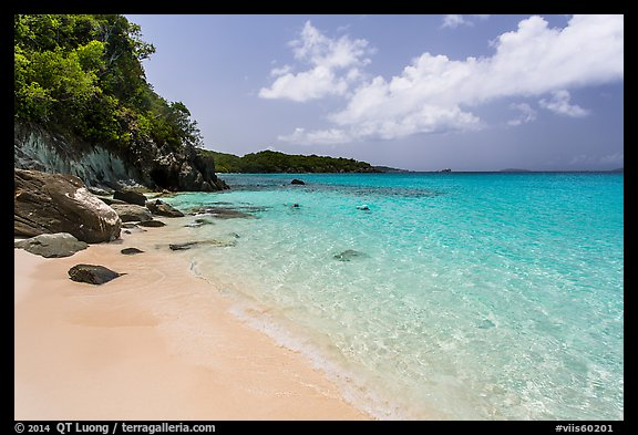 White sandy beach and turquoise waters, Trunk Bay. Virgin Islands National Park (color)