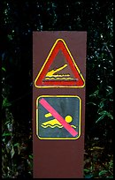 Sign warning of crocodiles. Australia (color)