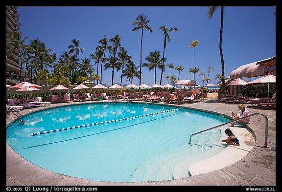 picture photo swimming pool sheraton hotel waikiki honolulu oahu island hawaii usa