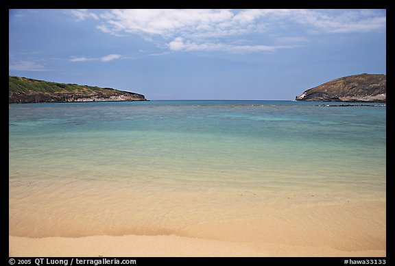 Deserted Hanauma Bay. Oahu island, Hawaii, USA (color)
