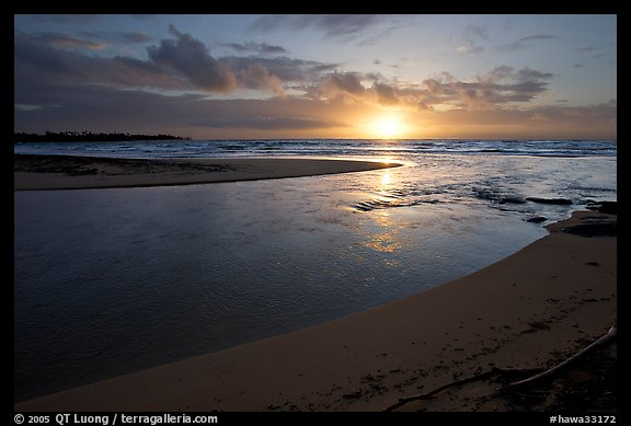 Mouth of the Wailua River, sunrise. Kauai island, Hawaii, USA