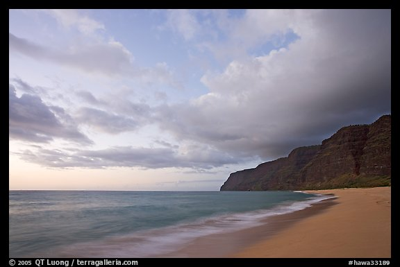 Polihale Beach and Na Pali cliffs,  dusk. Kauai island, Hawaii, USA