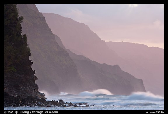 Na Pali Coast and surf seen from Kee Beach, sunset. Kauai island, Hawaii, USA