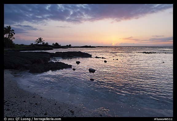 Sunset, Honokohau Beach, Kaloko-Honokohau National Historical Park. Big Island, Hawaii, USA