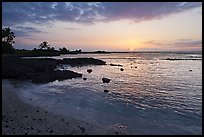 Sunset, Honokohau Beach, Kaloko-Honokohau National Historical Park. Big Island, Hawaii, USA (color)