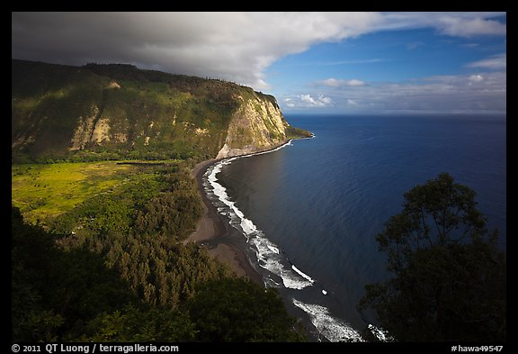 Waipio Valley and beach. Big Island, Hawaii, USA (color)