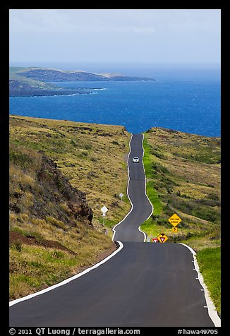 One-lane road overlooking ocean. Maui, Hawaii, USA (color)