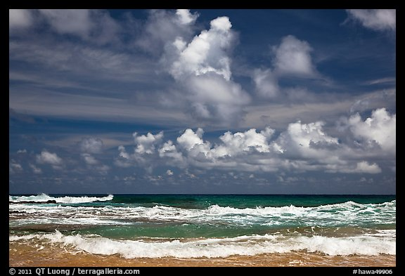 Surf and clouds near Kilauea Point. Kauai island, Hawaii, USA