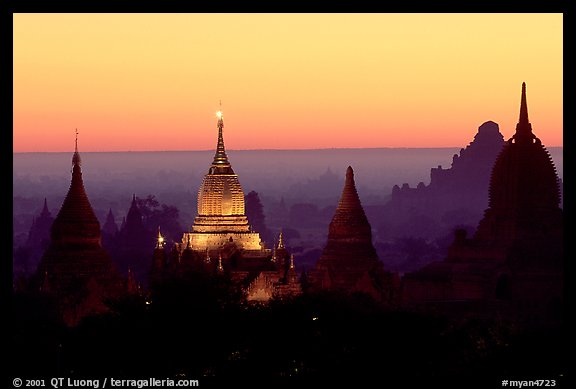 Illuminated pahto, sunrise. Bagan, Myanmar (color)