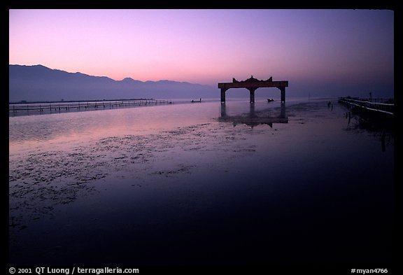 The gate of the lake, sunrise. Inle Lake, Myanmar (color)