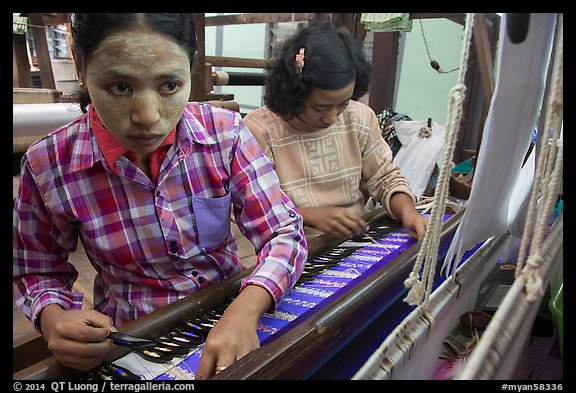 Women at work on loom. Amarapura, Myanmar (color)