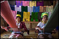 Weaving workshop with Kayan women of the Padaung tribe. Inle Lake, Myanmar ( color)