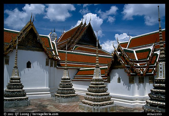 Wat Pho, the oldest and largest Wat in Bangkok. Bangkok, Thailand (color)