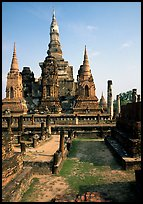Central portion of Wat Mahathat complex. Sukothai, Thailand (color)