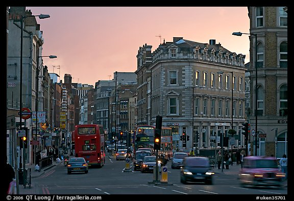 Streets at sunset, South Bank. London, England, United Kingdom (color)