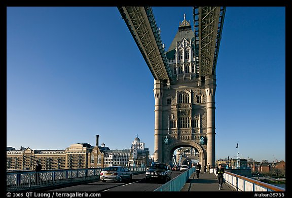 Jogger and South Tower of Tower Bridge,  early morning. London, England, United Kingdom (color)