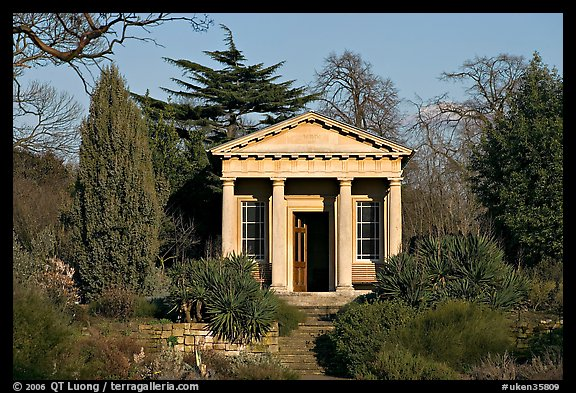 King William's temple, late afternoon. Kew Royal Botanical Gardens,  London, England, United Kingdom